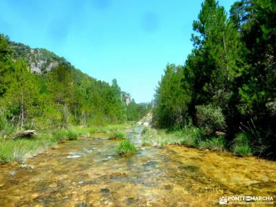 Río Escabas-Serranía Cuenca; rutas por las bardenas reales equipamiento montaña puentes en octubr